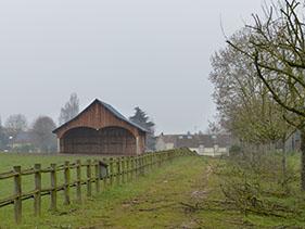 Création d'un hangar à chevaux